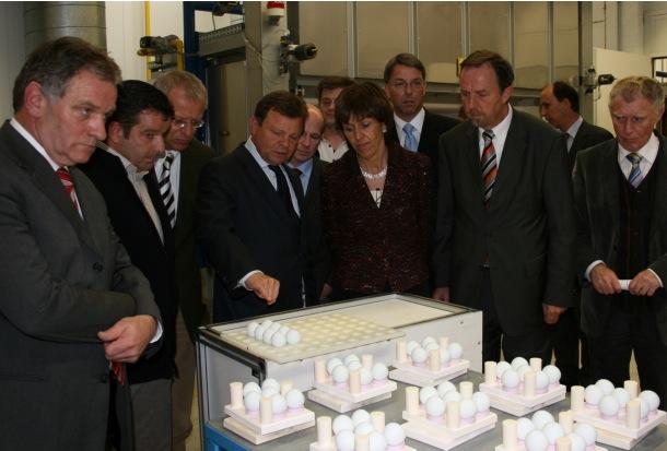 Baden W 252 Rttemberg Minister Dr Monika Stolz Visits Ceramtec